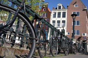 1177205_bicycles_in_amsterdam-300x200