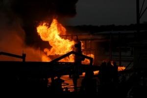 1300912_2010_live_burns_at_the_brayton_fire_fiels