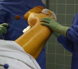 1385746_hospital.jpg