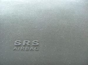 208305_airbag.jpg