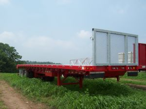 380396_ye_red_trialer.jpg