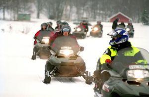 596152_snow_mobile_at_sefsen_sweden_1.jpg