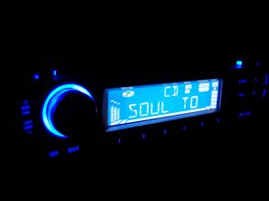 820032_car_radio.jpg