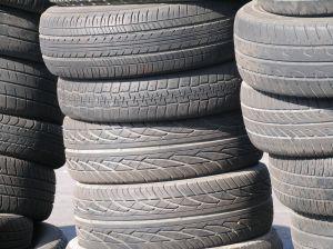 898505_tires.jpg