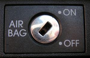 airbag-control-743960-m.jpg