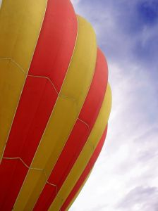 hot-air-balloon-serie-623175-m.jpg