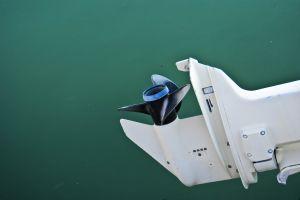 motorboat-868147-m.jpg