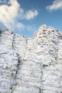piles-of-paper-3-834457-m.jpg
